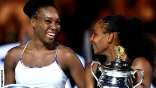 Australian Open 2017: Serena  beats Venus to set Grand Slam record