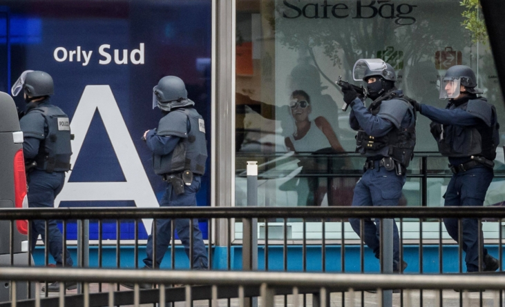 Two persons indicted for assisting French airport attacker