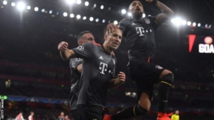 Arsenal hammered 5-1 by Bayern again