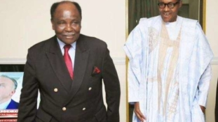 Gowon urges Buhari not to give up on Nigeria