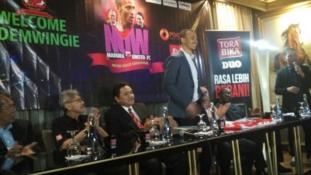 Osaze Odemwingie joins Indonesian club