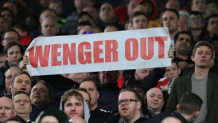#WengerOut banners are appearing in the most random places