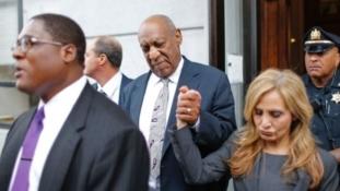 Judge declares mistrial in Cosby's case after jury deadlock