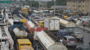 Apapa gridlock: Stay from Lagos, govt orders truck owners