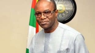 """""""I've never received a call from Buhari to give out oil blocs''- Kachikwu"""