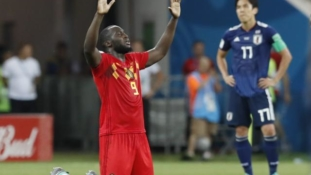 Belgium steal dramatic late win over Japan