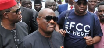 EFCC still interrogating Fayose a day after he surrendered to them