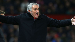 Jose Mourinho confident Manchester United will make top four