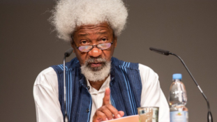 2019: Beware of a former President supporting the 'devil', Soyinka warns Nigerians