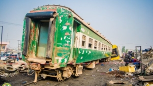 PHOTOS: Train derails in Lagos injuring many