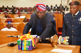 Ambode finally presents 2019 budget to state assembly