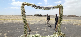 Little to bury as Ethiopians hold funerals for crash victims