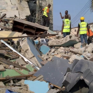 Developing Story: Many trapped as another building collapses in Lagos