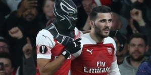 Aubameyang double sends Arsenal into Europa League quarter-finals