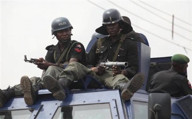 Zamfara police sign pact with vigilante, Yansake groups
