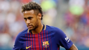 Neymar tells Paris Saint-Germain he wants to leave