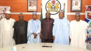 Ikpeazu receives nothern governors, preaches togetherness