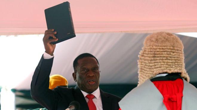 Mugabe boycotts Mnangwa's swearing in as Zimbabwe's new President