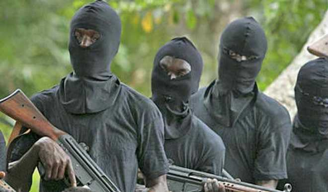 Gunmen hijack commercial bus, kidnap driver, passengers in Rivers