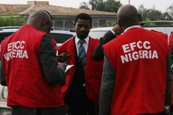 EFCC arrests Kwara finance commissioner, AG, four other over N1.5b withdrawal